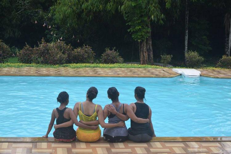 Vythiri holiday resort old vythiri wayanad luxury villas in vythiri for Resorts in wayanad with swimming pool